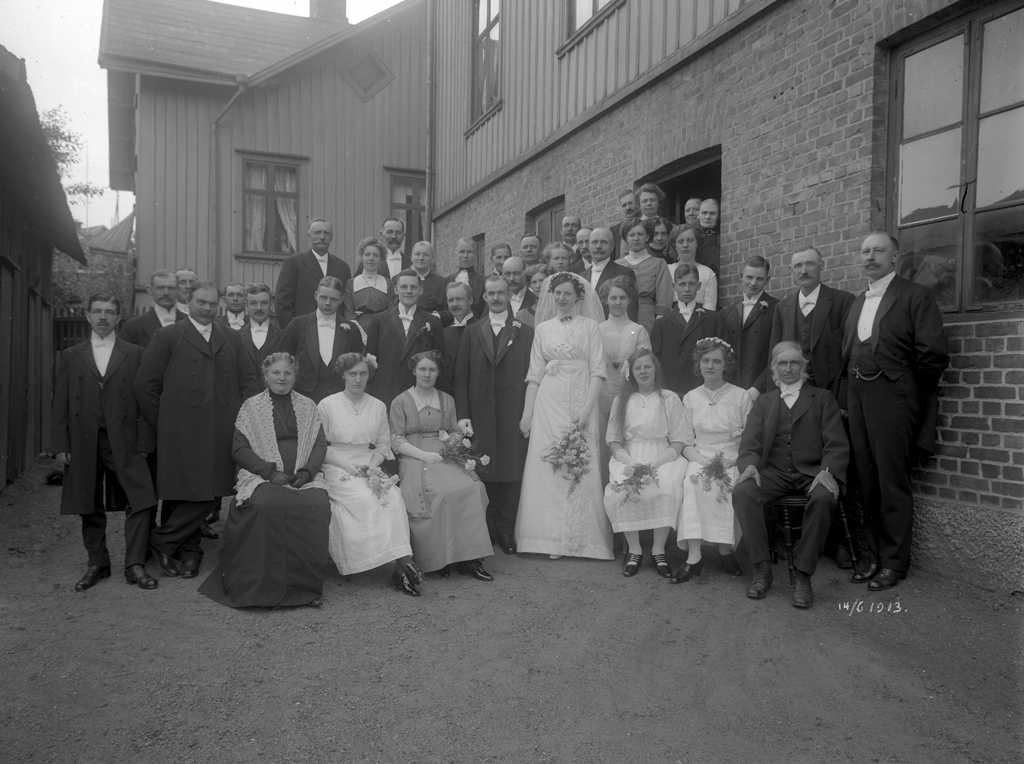 En växande stad och nya familjer. Stora Torget i Borås kring sekelskiftet 1900.