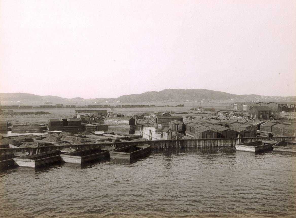 Pråmar i Göta älvdalen