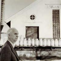 ohn Johansson var Föreståndare vid Axvalls Mejeri fram till mitten av 1970-talet då han avgick med pension. Han efterträddes av Eric Mellberg 1 januari 1975..jpg