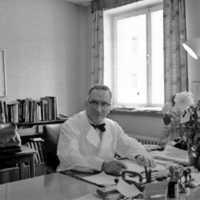 Doktor Manfred Stora Ekeberg.jpg