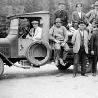 Personal med lastbil