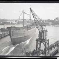 Bild från Götaverken 1950-08-11, då M/S Porjus sjösattes.