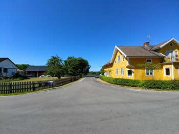 Lugnås vägkorset.jpg
